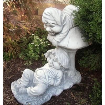 """Steinfigur """"Gartenzwerge auf Pilz"""""""